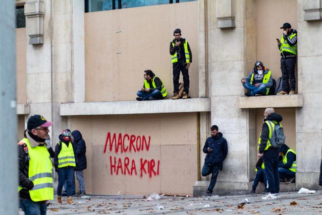 Macron Hara-Kiri